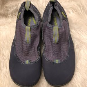 Teva 4302 Water shoe/river rock hiking spider sole